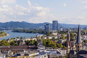 Finden Sie hier einen Anwalt für Verkehrsrecht in Bonn.