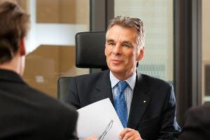 Ein Anwalt für Verkehrsrecht in Dortmund hilft Ihnen bei Bußgeldbescheiden.