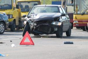 Erste Hilfe: Die Unfallstelle absichern hat Priorität.