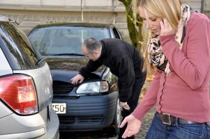 Fahren ohne Führerschein und Unfall verursacht? Welche Folgen drohen dem Fahrer?