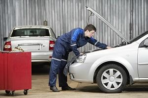 Fiktive Reparaturkosten können nur Gutachter bestimmen.
