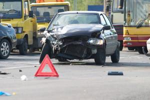 Wenn Sie mit Ihrem Mietauto in einen Unfall geraten, müssen Sie die Unfallstelle absichern!