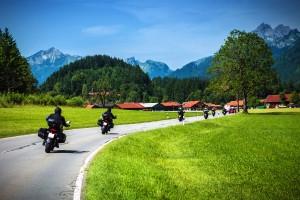 Vor allem Motorradfahrer sind bei einem Wildunfall stark gefährdet.