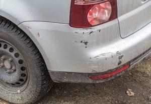 Parkschaden: Was können Sie tun, wenn Sie an Ihrem Auto einen Kratzer entdecken?