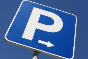 Häufig sind die Schäden nach einem Parkunfall nur gering.
