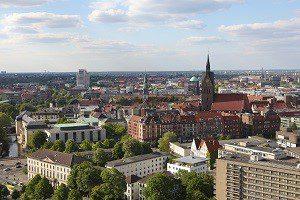 Hier finden Sie einen Rechtsanwalt für Verkehrsrecht in Hannover.