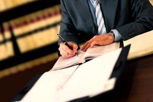 Ein Rechtsanwalt für Verkehrsrecht in Schweinfurt kennt sich vor Ort aus und kann Sie daher optimal vertreten.