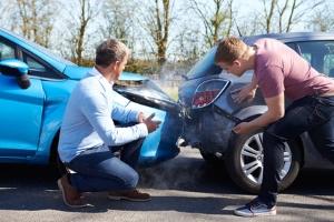 Ein unabhäniger Gutachter kann eingeschaltet werden, um Unfallfahrzeuge zu bewerten.