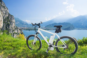 Nach einem Unfall mit Fahrrad in der Stadt hilft Ihnen ein Anwalt für Verkehrsrecht aus Lorch.