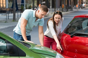 Am Unfall sind beide Fahrer schuld: Aber wer zahlt nun was? Beide Versicherungen kommen auf.