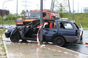 Bei einem Unfall mit dem Leihwagen sind Sie meist gezwungen, auch die Polizei zu verständigen.