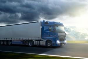 Ein Unfall mit dem Lkw kann schwere Folgen haben.
